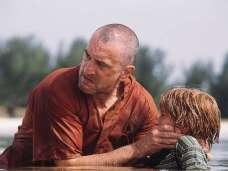 Robert De Niro as Arthur Lustig (Magwitch)