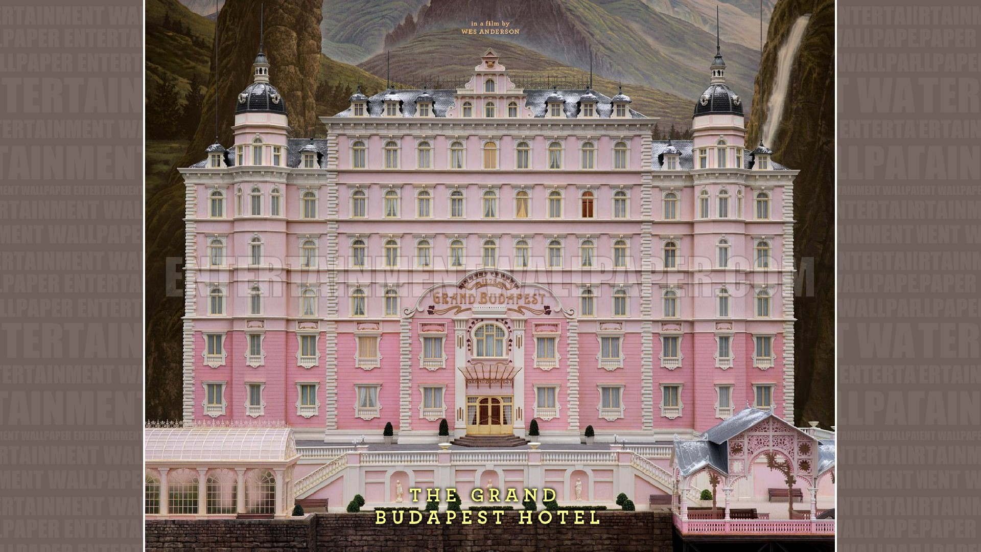 the grand budapest hotel frames and perspectives tim haslett 39 s blog. Black Bedroom Furniture Sets. Home Design Ideas