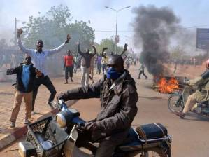 Riots in Niger over Charlie  Hedbo: the beginning of the descent into mindless violence