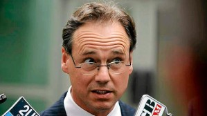 Greg Hunt: Surely I am not going to be remembered as the worst Environment Minister of all time?  Yes, Greg, you will be