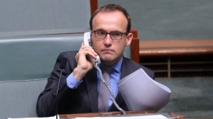 Adam Bandt tried to get through to Prime Minister Malcolm Turnbull. The call wasn't connected