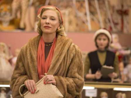 cate-blanchett-left-rooney-mara-in-the-film-carol-courte.jpg