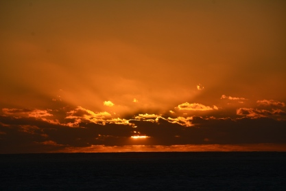 sunset-over-ningaloo-reef