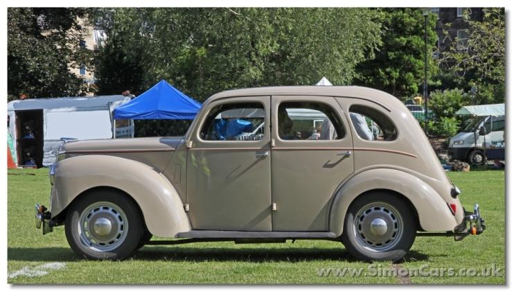 s_Ford Prefect E493A 1952 side.jpg