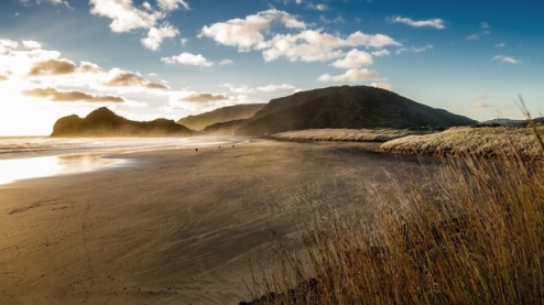 sunset-at-bethells-beach-auckland-new-zealand-x-post-with-rbeachporn--40253.jpg
