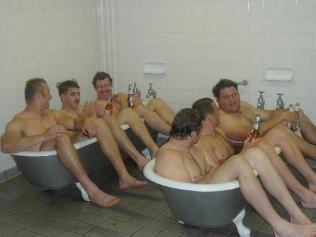 763642-wallabies-bath-time.jpg