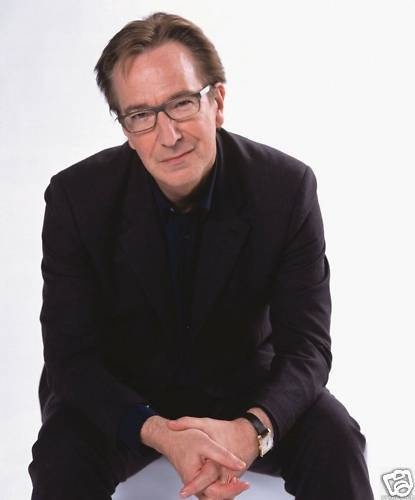 Bad-Harry-Love-Actually-alan-rickman-8624931-415-500.jpg