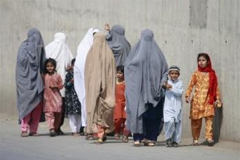 peshawar-women-and-children-350x234-custom